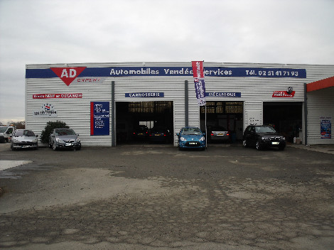 V hicules neufs sarl automobiles vendee services for Garage citroen montaigu
